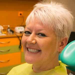 Geneviève implant basal 2 machoires